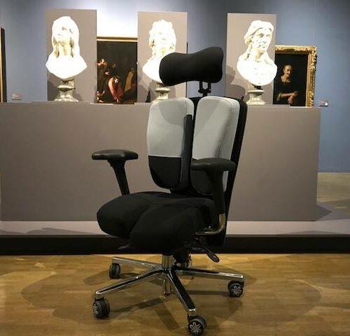 Fauteuil-PERINEOS-7-sur-mesure-au-musée-de-Nimes-2-500x480 Le fauteuil KHOL PERINEOS 7 au musée de Nîmes